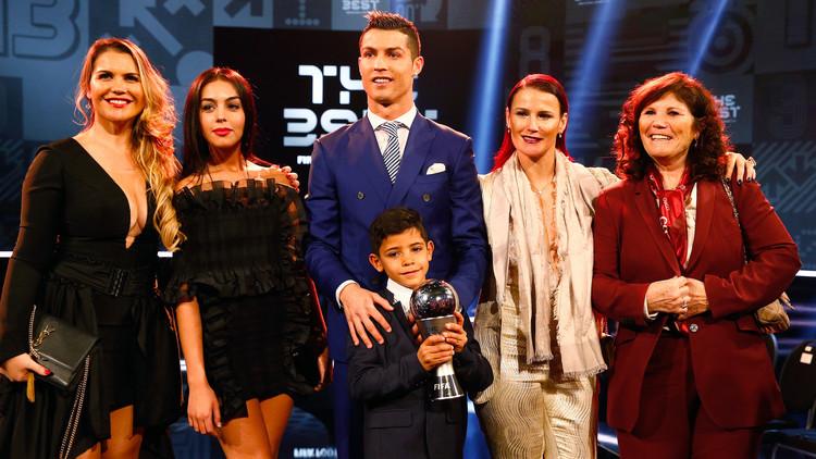 بالصور احسن لاعب فى العالم , صور للاحسن لاعبى كرة القدم فى العالم 3290 3