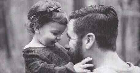صور خواطر عن الاب , الاب سند اسرته