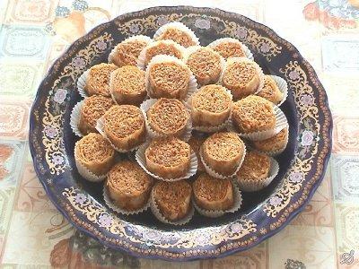 بالصور الحلويات المغربية بالصور والمقادير , اجمل الحلويات المغربية 2541 1