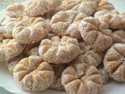 بالصور الحلويات المغربية بالصور والمقادير , اجمل الحلويات المغربية 2541 3