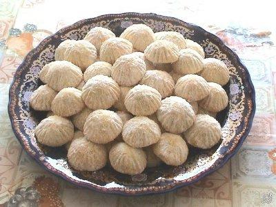 بالصور الحلويات المغربية بالصور والمقادير , اجمل الحلويات المغربية 2541 7