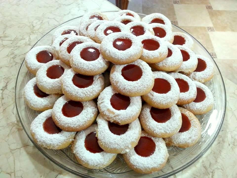 بالصور الحلويات المغربية بالصور والمقادير , اجمل الحلويات المغربية 2541 8
