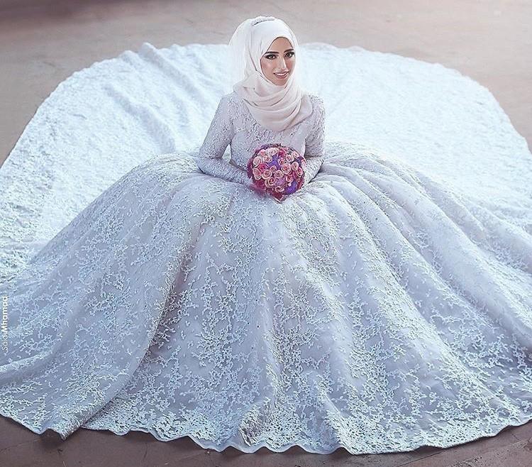 7b5fdee85344c صور فساتين زفاف محجبات