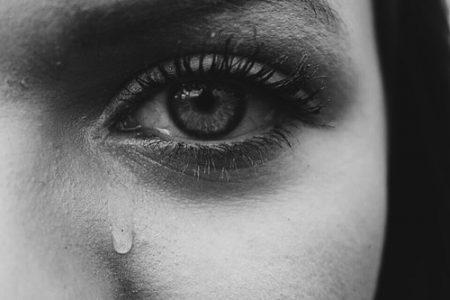 بالصور دموع الفراق الحبيب , اصعب لحظات الفراق على الاحبه 2011 7