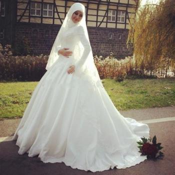 بالصور فساتين زفاف للمحجبات , احدث فساتين فرح للمحجبات 2655 10