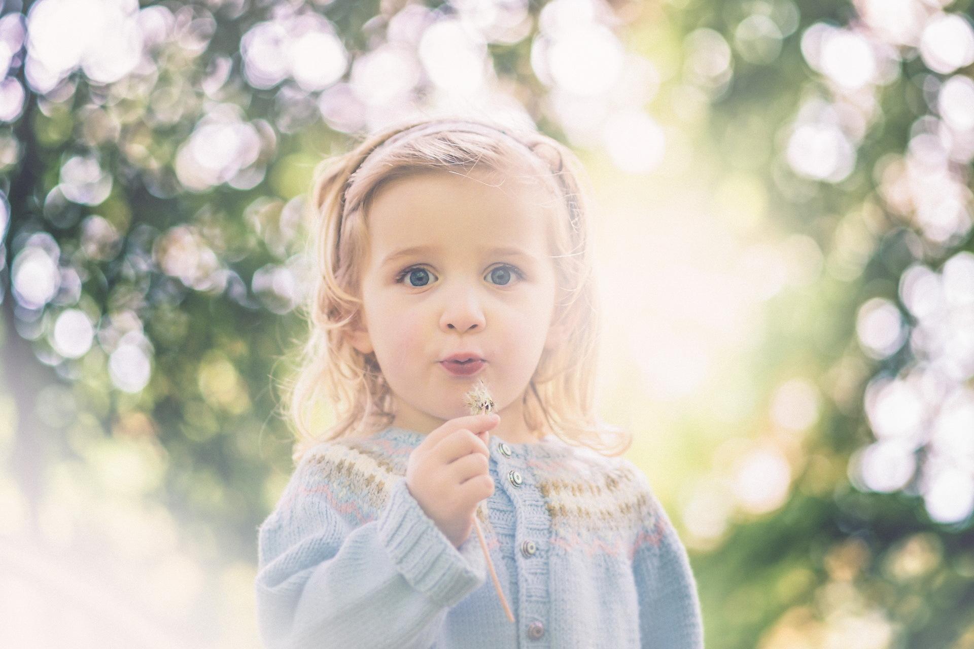 بالصور صور بنات صغار حلوين , كروت اطفال لاجمل الفتيات 2852 5