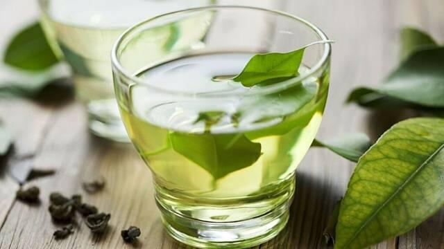 صورة اضرار الشاي الاخضر , ماهى مخاطر الاسراف من شرب شاى الرجيم