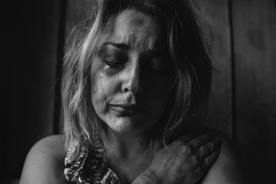 بالصور صور حزن , بطاقات تعبر عن الالم