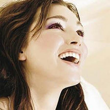 صور بنت تضحك رمزيات فتيات مبتسمه هل تعلم