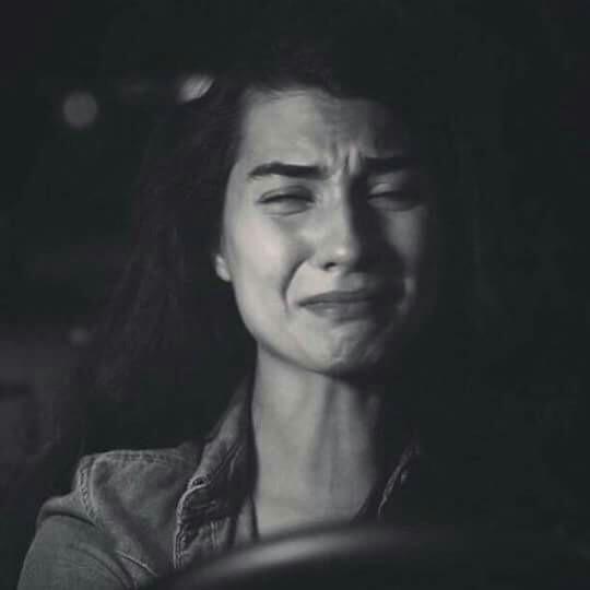 بالصور صور حزينه بنات , صور دموع وبنات حزينة 273 11