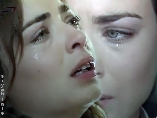 بالصور صور حزينه بنات , صور دموع وبنات حزينة 273 8