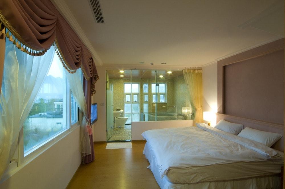 بالصور حمامات داخل غرف النوم , ديكور لغرف النوم ووجود حمام داخل الغرفه 3653 5