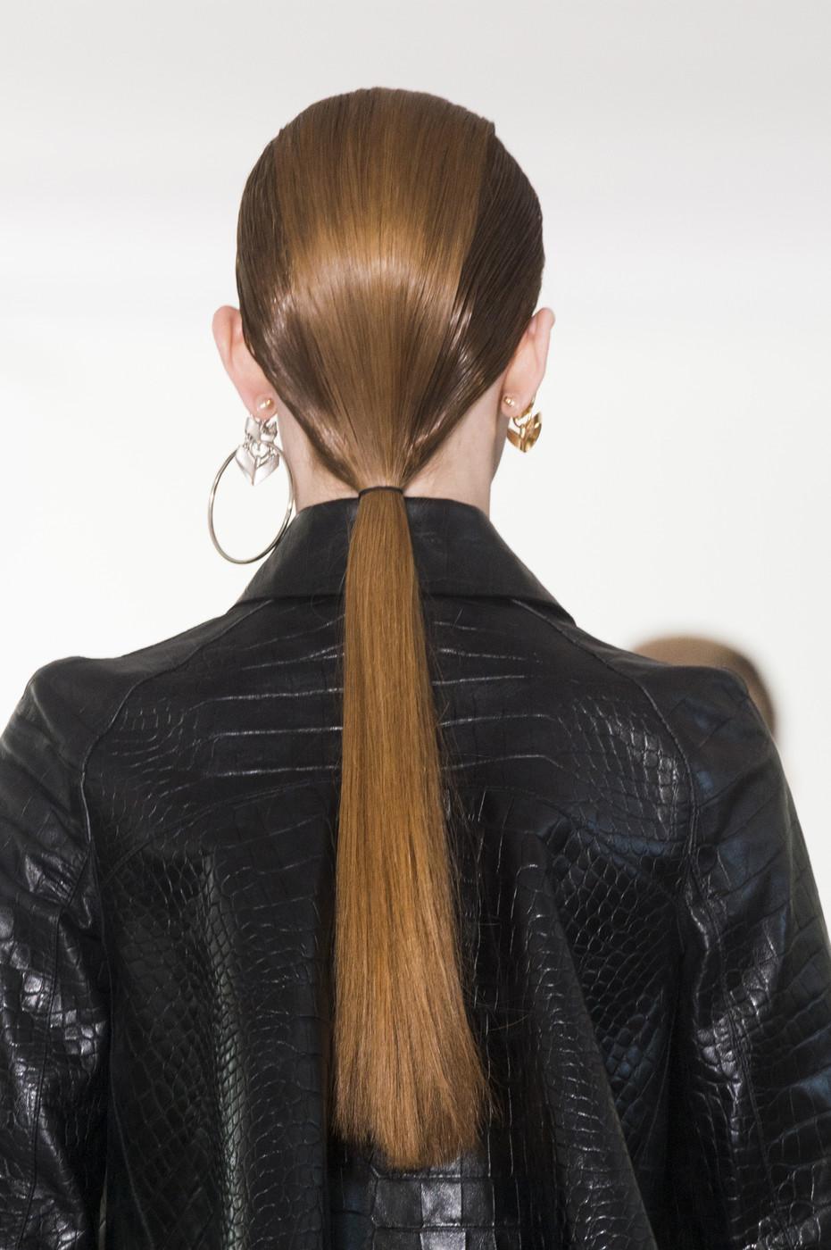 بالصور تسريحات شعر بسيطة , سرحي شعرك تسريحات بسيطة و رقيقة 3855 19