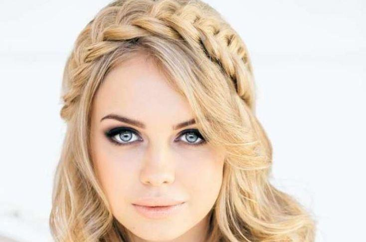 بالصور تسريحات شعر بسيطة , سرحي شعرك تسريحات بسيطة و رقيقة 3855 8