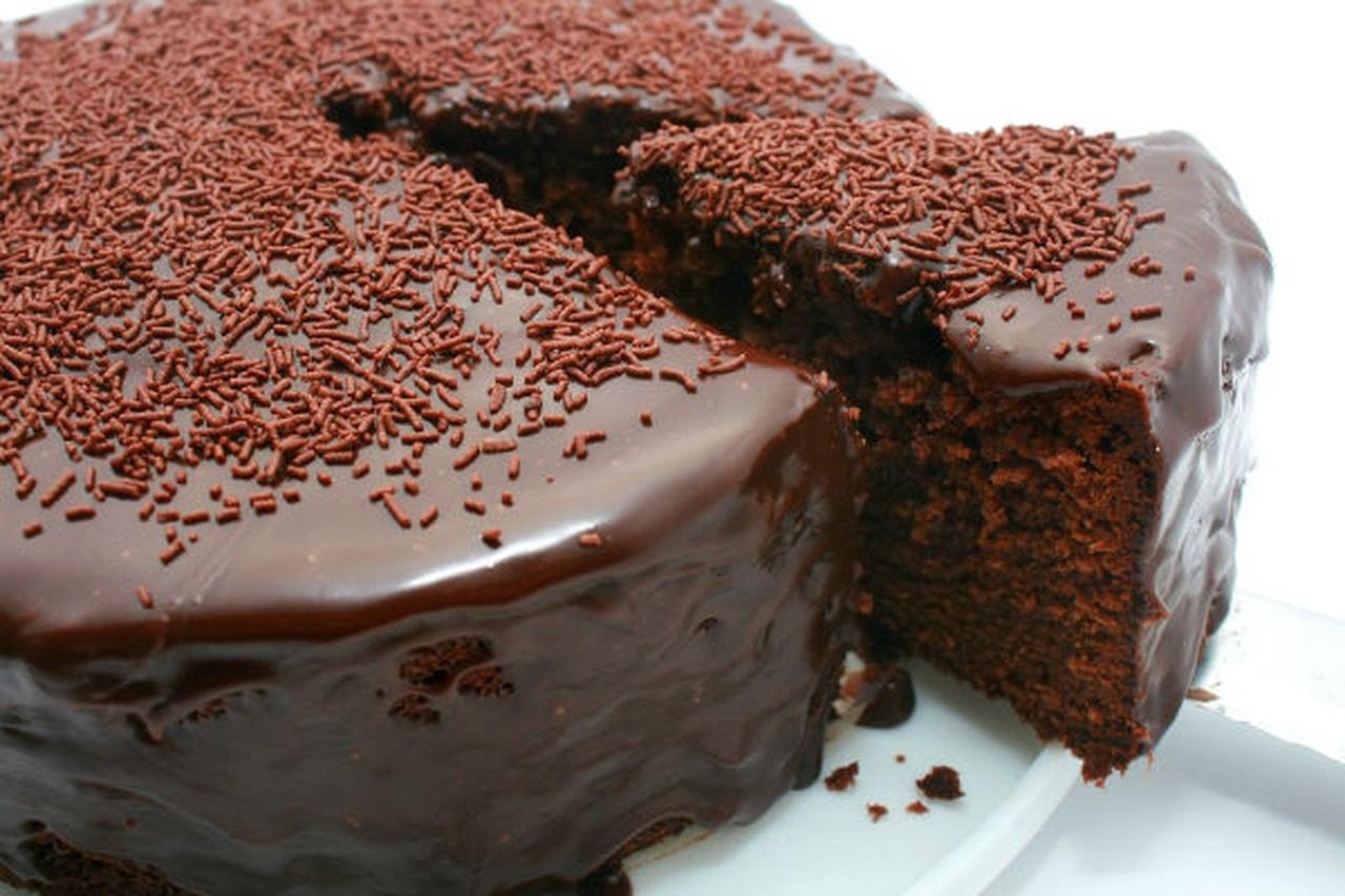 بالصور طريقة عمل كيكة الشوكولاته منال العالم , وصفة منال العالم لعمل كيكة الشيكولاتة 3857 1
