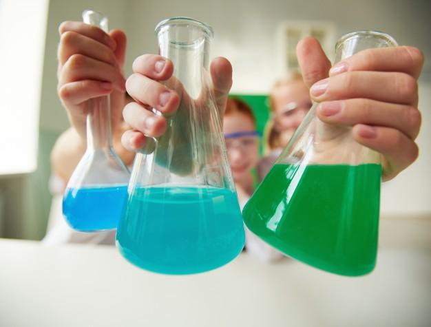 بالصور تجارب علمية بسيطة , جرب بنفسك و اعمل تجربة علمية بسيطة و سهلة 4168 2