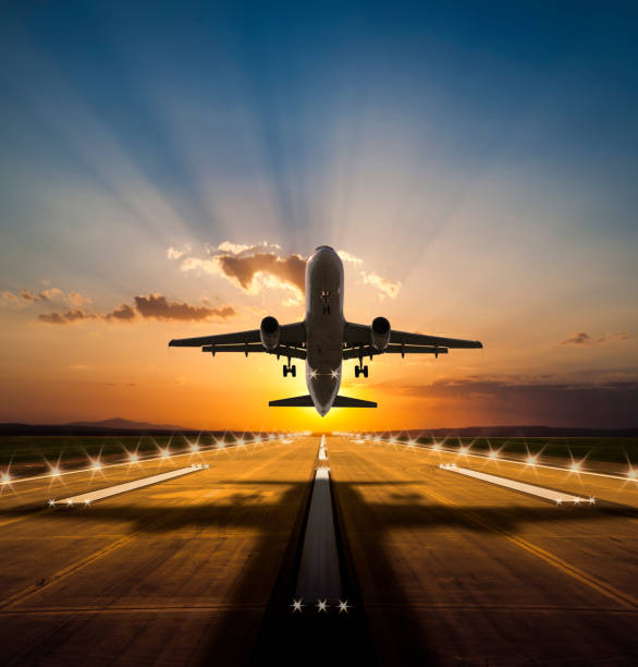 بالصور اقلاع طائرة , اجمل منظر لاقلاع طائرة عن قرب 4829 2