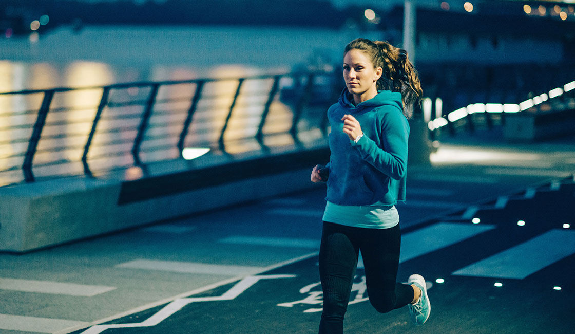 بالصور المشي قبل النوم , فوائد هامة للمشى قبل النوم 10542
