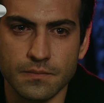 صور صور حزينه دموع شباب , صور جراح الحب
