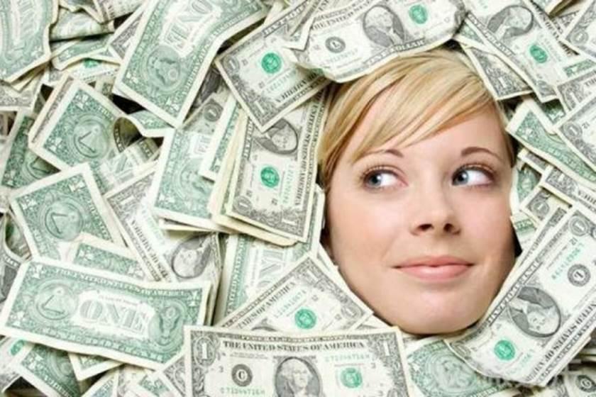 صورة المال في المنام , تفسير حلم المال