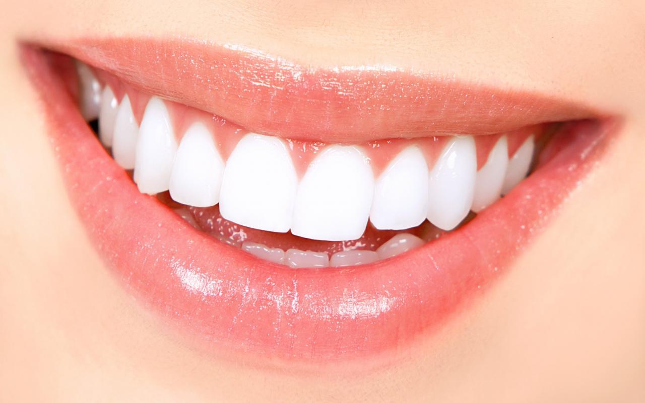 صور طريقة تبيض الاسنان في المنزل , احصل على اسنان بيضاء بطرق سهلة وبسيطة من المنزل