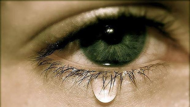 صور صور عيون باكيه , عيون حزينة مليئة بالدموع