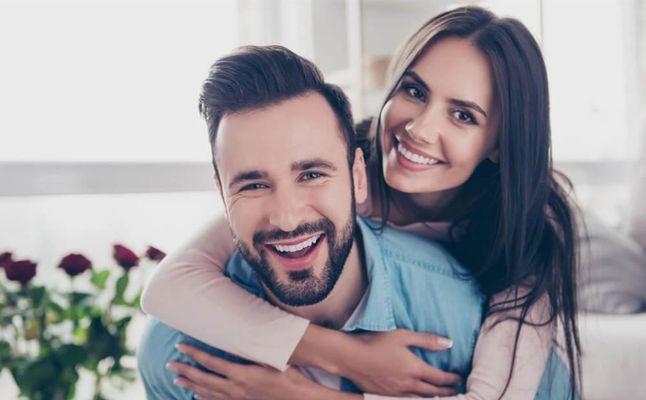 صورة كيف تجذبين رجل , طريقة لجعل الرجل يحبك وينجذب لك