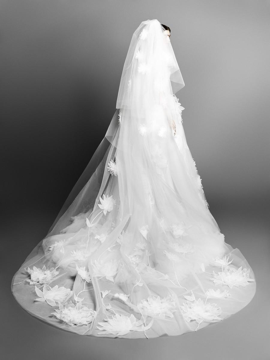 صورة طرحة العروس , كوني مميزة و جميلة في يوم زفافك