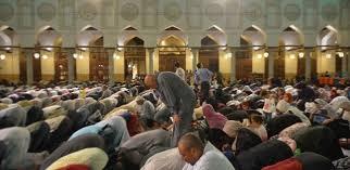 صورة صليها وهي هتشيل من قلبك كتير ,صلاة التراويح في رمضان